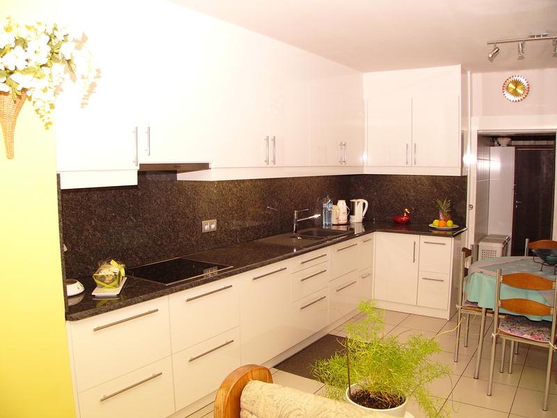 Keukens lierde deluca schrijnwerkerij - Gepersonaliseerde keuken ...